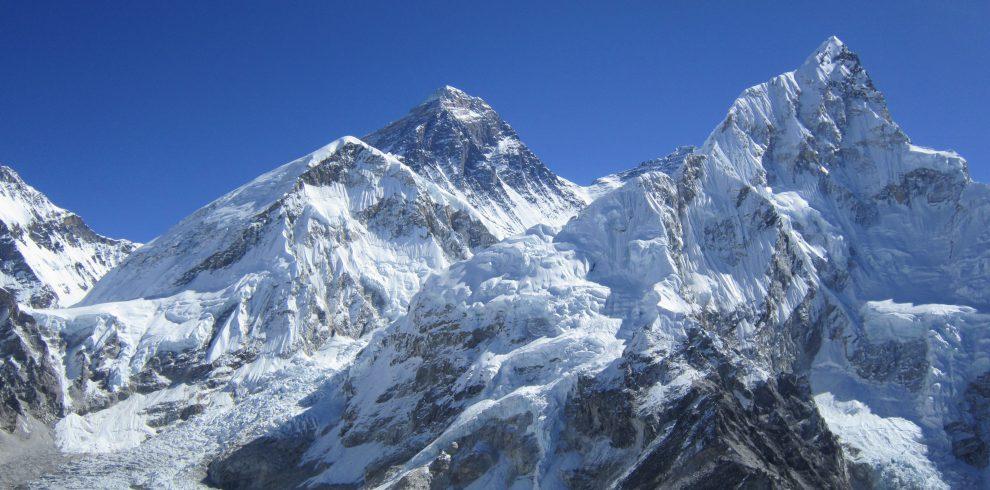 Everest_from_Khala_Phthar